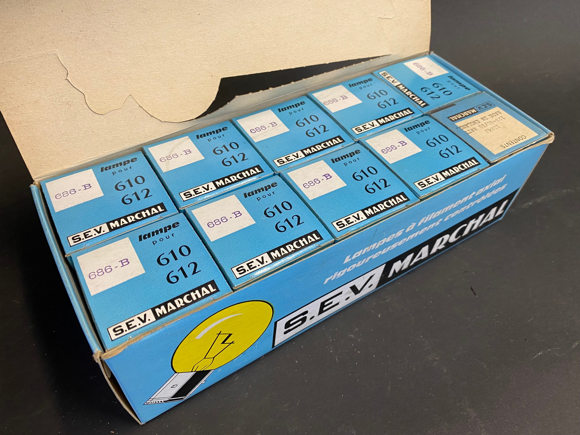 A complete boxed set of S.E.V. Marchal car bulbs, housed in a great advertising display box. - Image 2 of 3