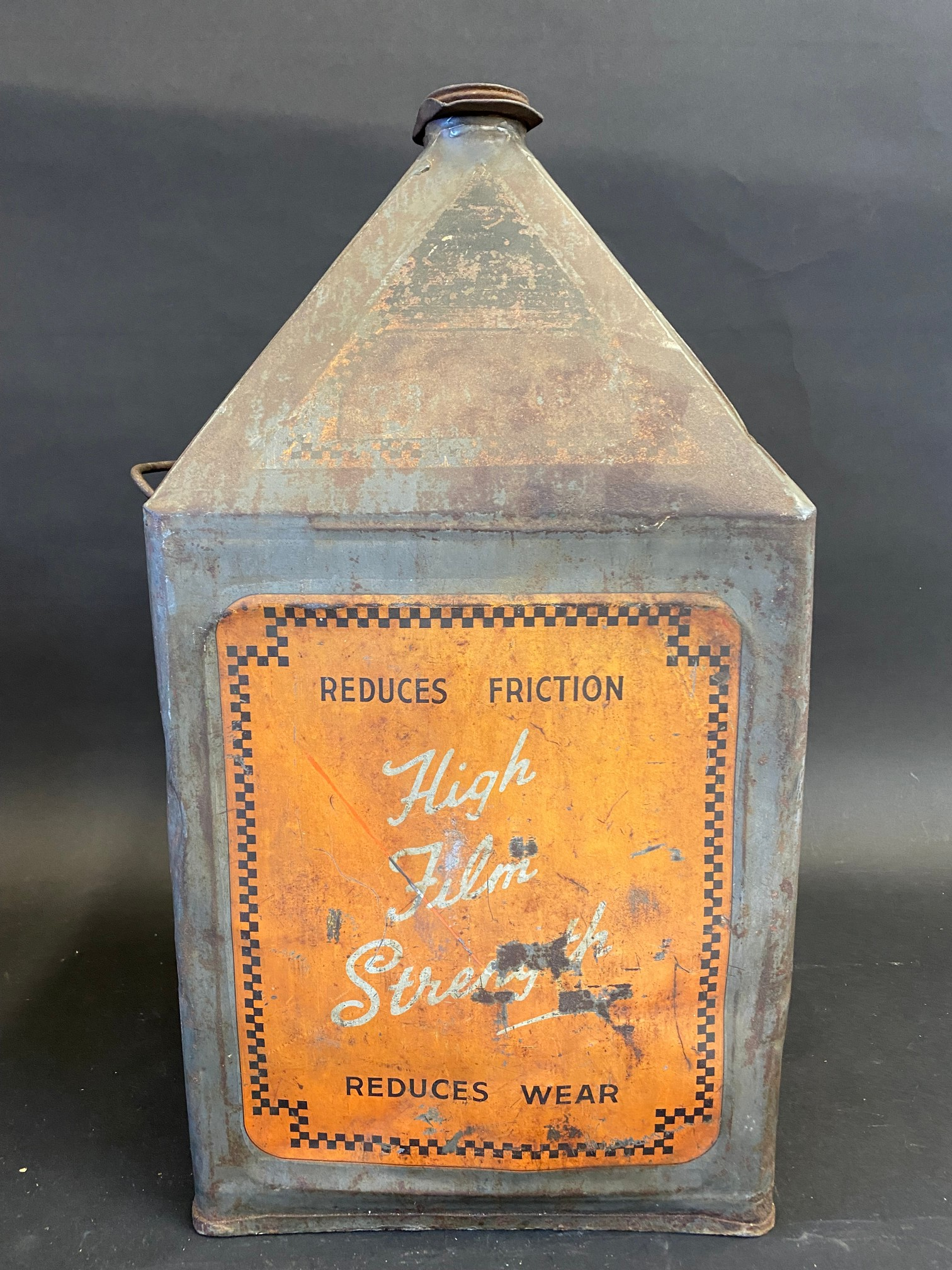 A Vigzol Motor Oil five gallon pyramid can. - Image 2 of 6