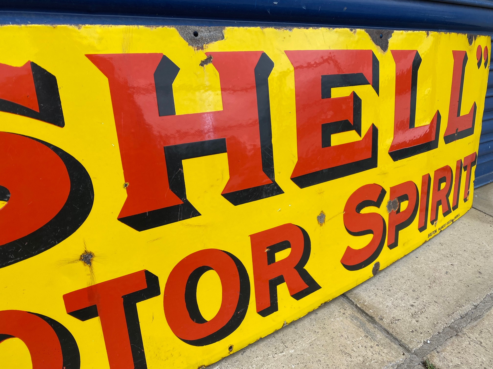 A Shell Motor Spirit rectangular enamel sign by Bruton of Palmers Green, excellent original - Image 3 of 5