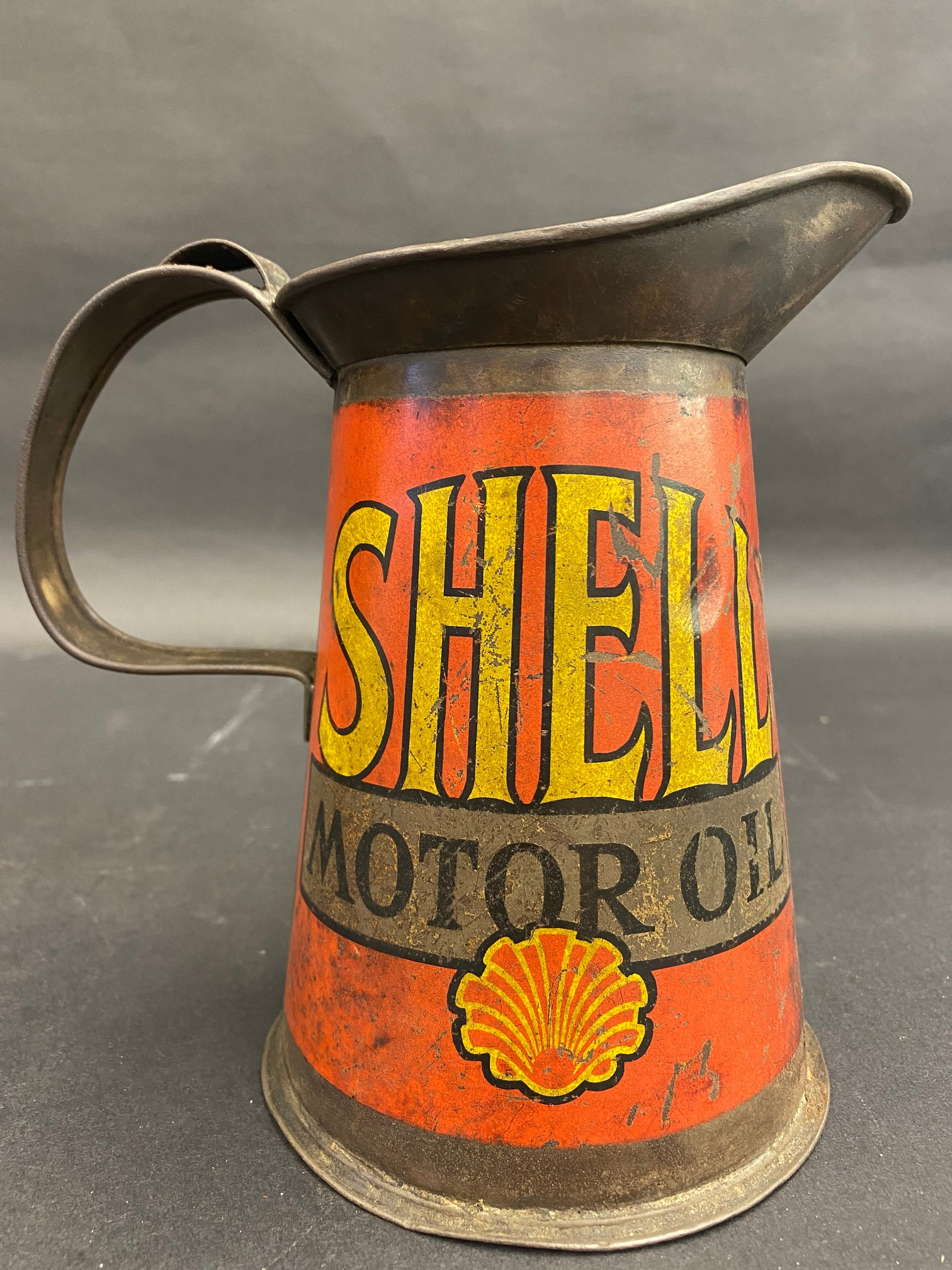 A Shell Motor Oil quart measure, early wide neck version, dated 1929. - Image 2 of 5