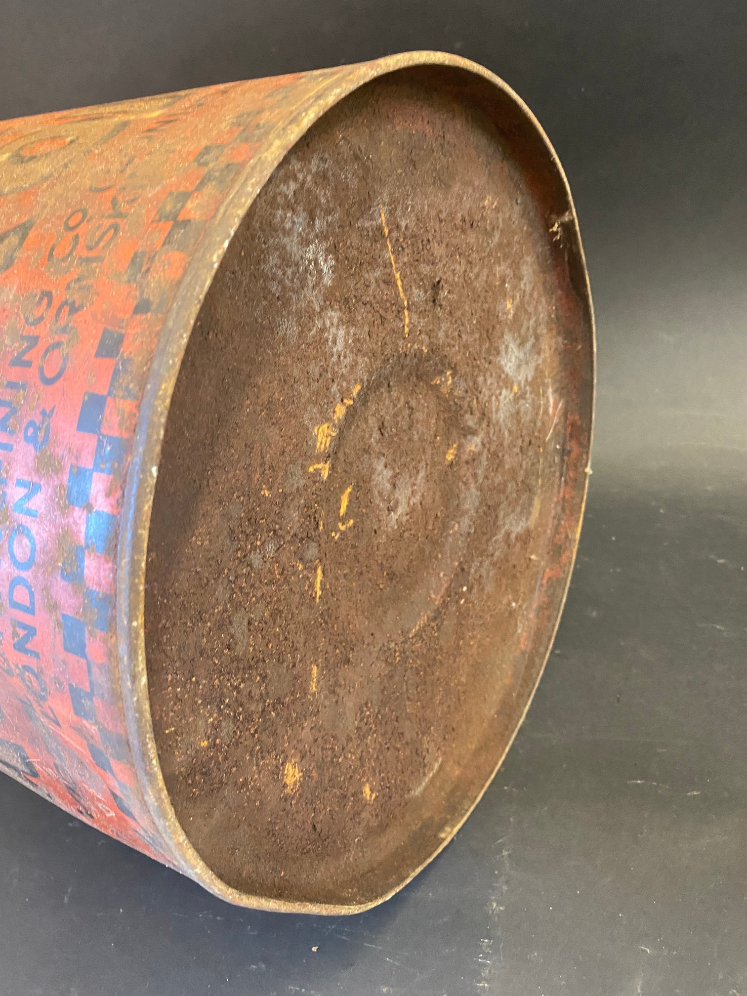 An early Vigzol Motor Oil five gallon drum. - Image 4 of 4