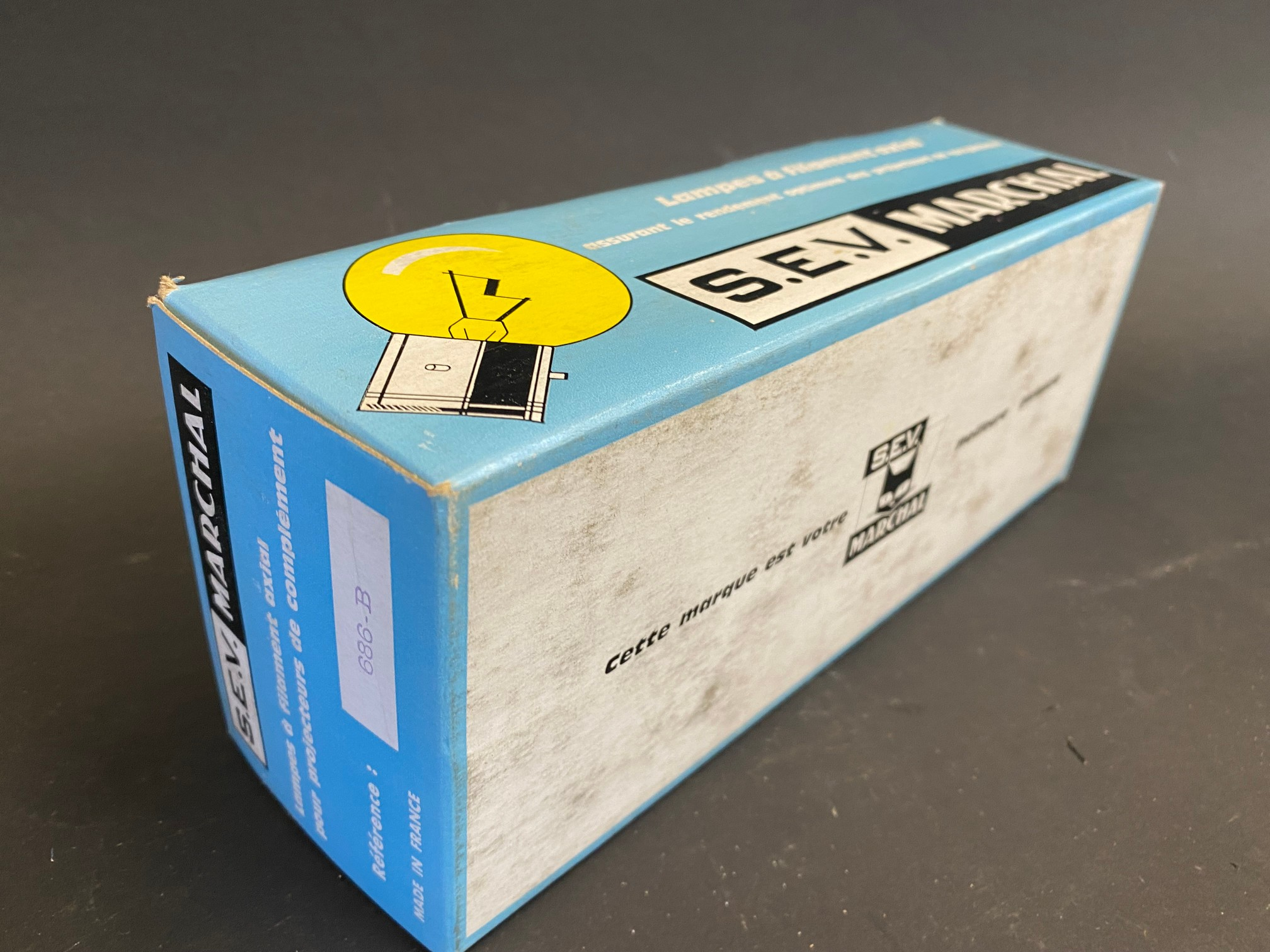 A complete boxed set of S.E.V. Marchal car bulbs, housed in a great advertising display box. - Image 3 of 3