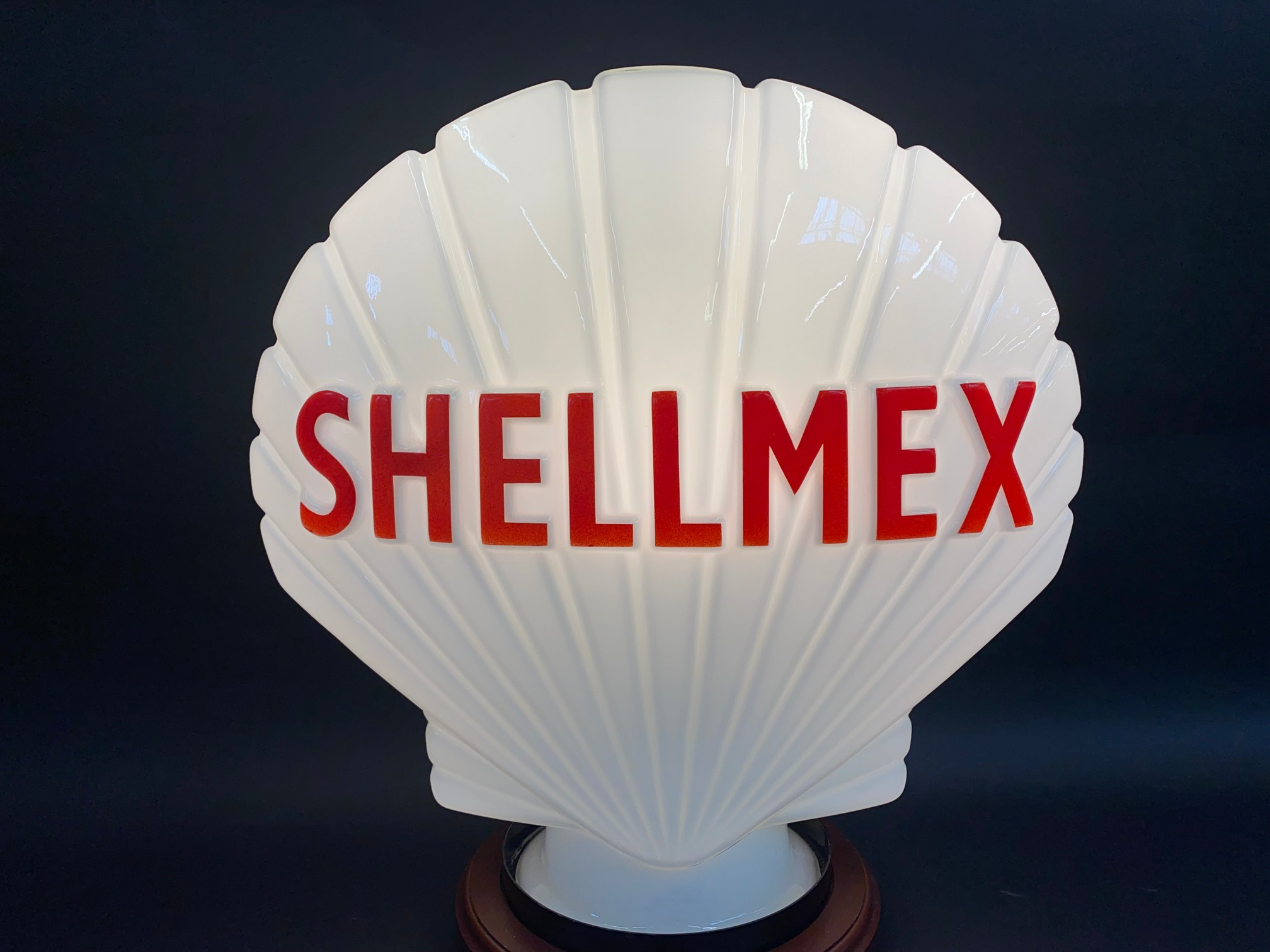 A Shellmex glass petrol pump globe in superb condition, possibly never been on a pump, fully stamped - Image 2 of 7