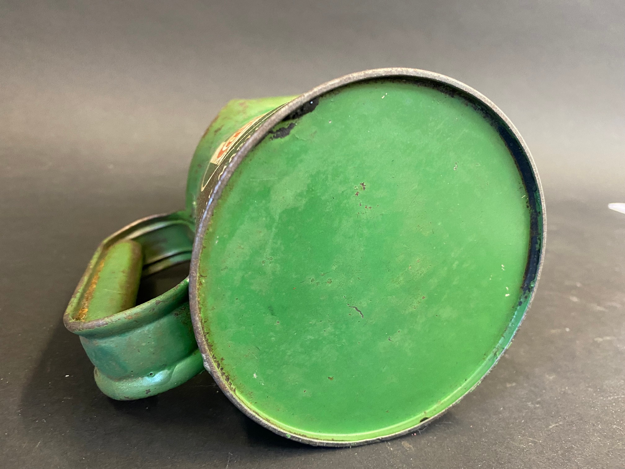 A Wakefield Castrol Motor Oil pint measure, dated 1955. - Image 4 of 4