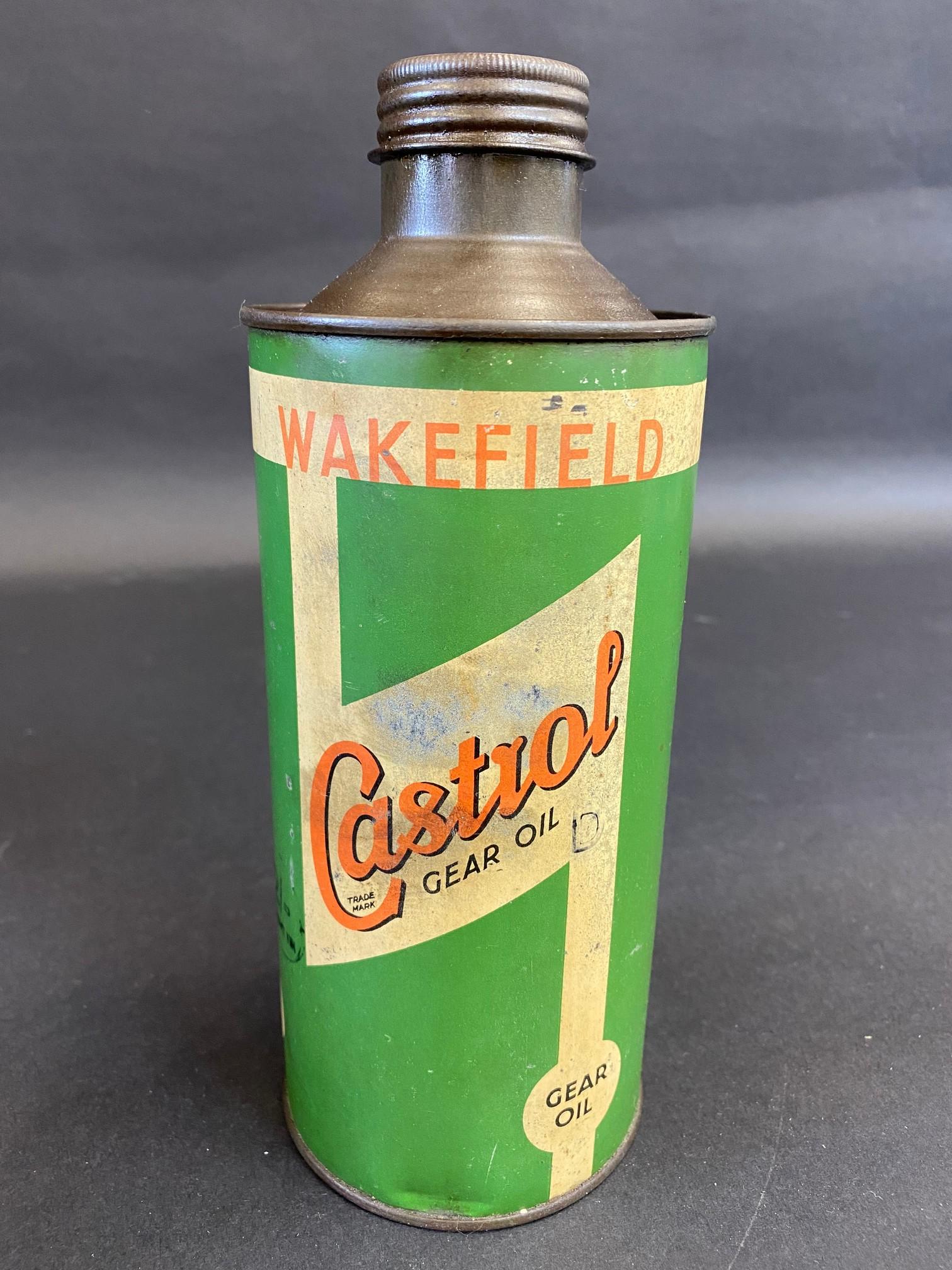 A Wakefield Castrol Gear Oil cylindrical quart can.