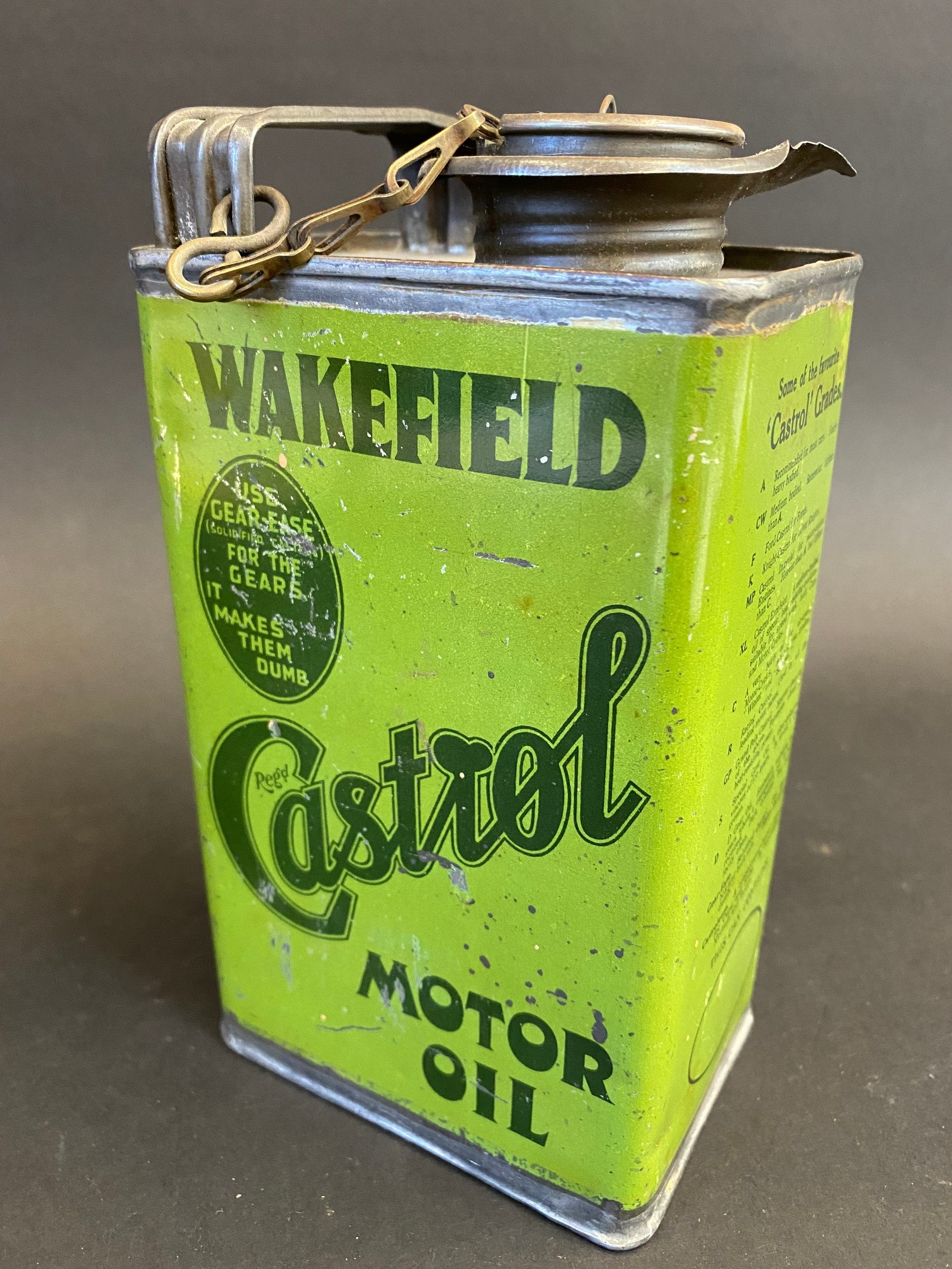 An early Wakefield Castrol Motor Oil quart oil can, early light green version in good condition, - Image 2 of 4