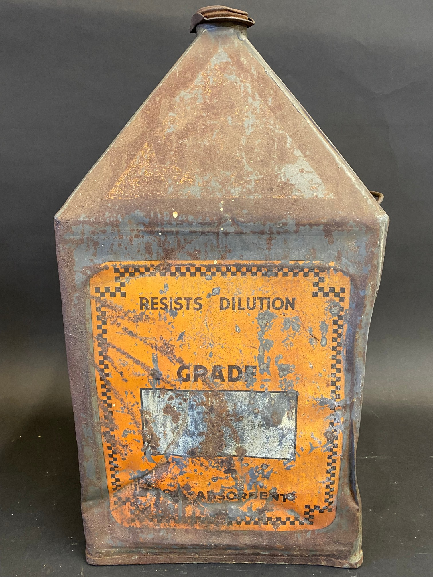 A Vigzol Motor Oil five gallon pyramid can. - Image 4 of 6