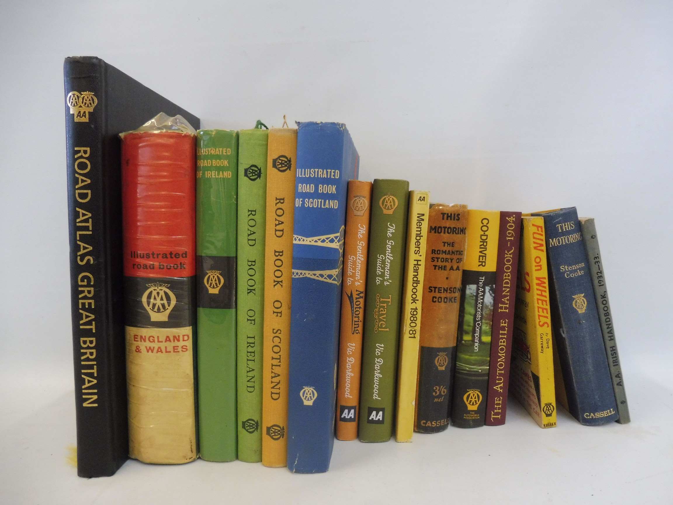 A collection of assorted AA related books to include an Irish Handbook 1932-33.