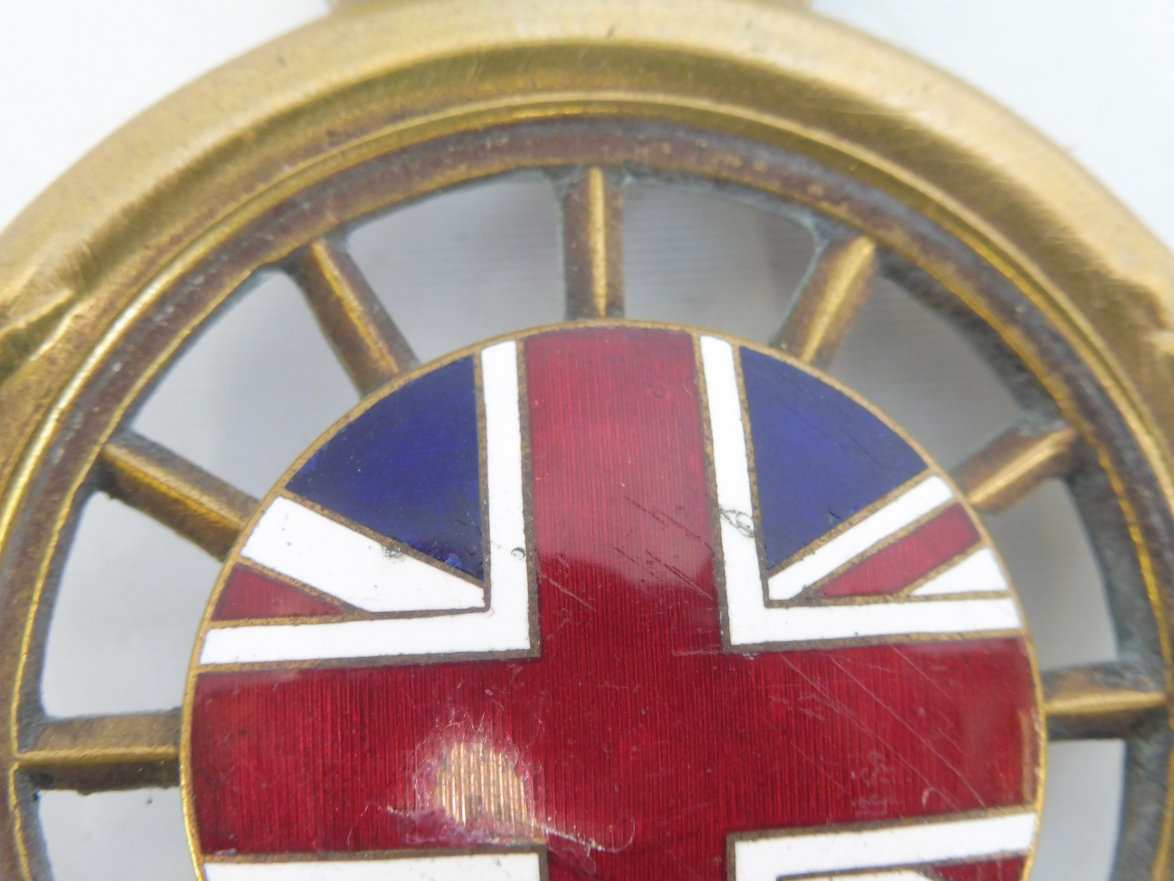 A Royal Automobile Club full member badge, open crown version type 5, plain brass with enamel - Image 3 of 4