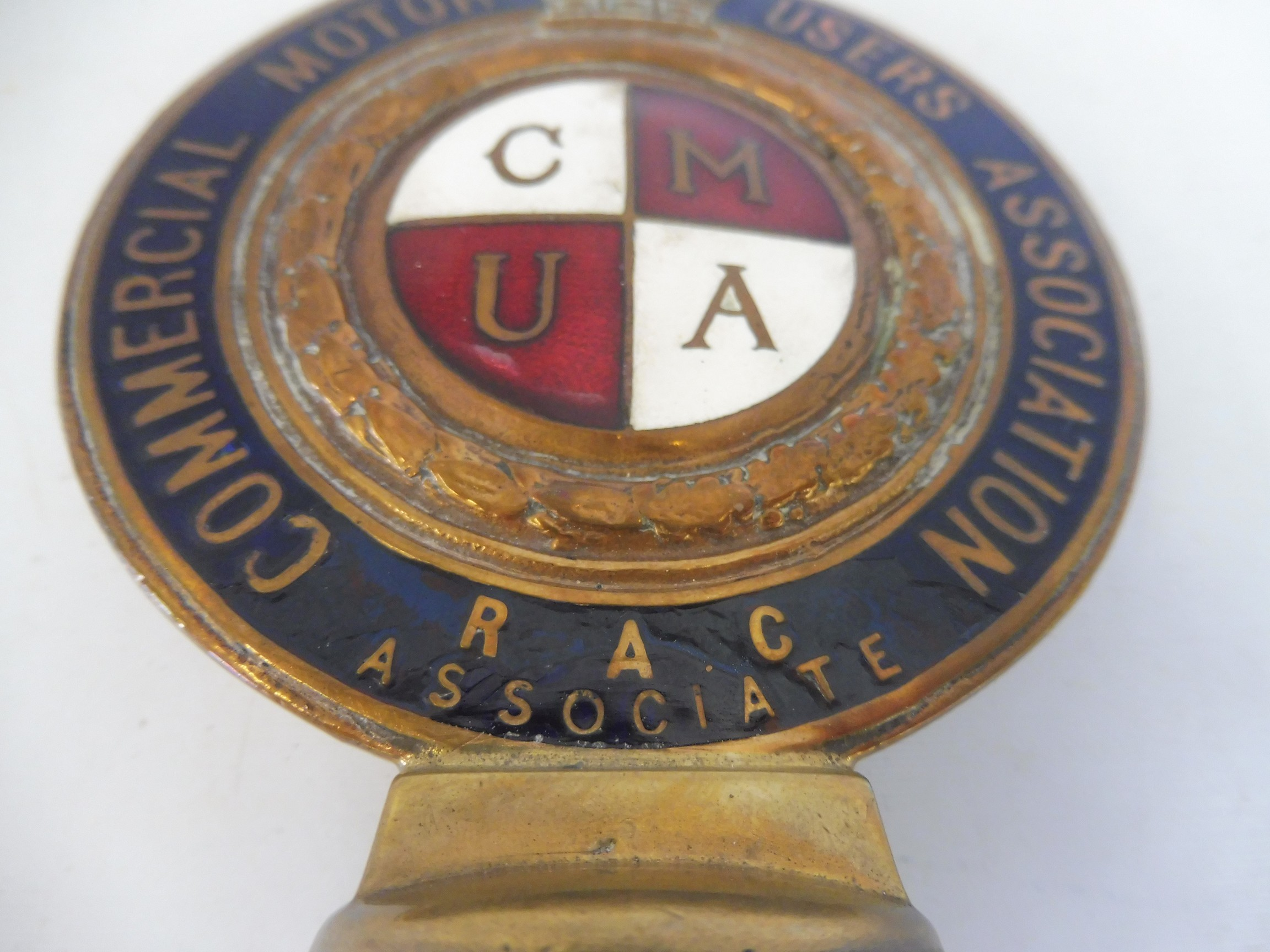 A Commercial Motor Users Association R.A.C. Associate enamelled badge, no 40127, some repair to - Image 2 of 4