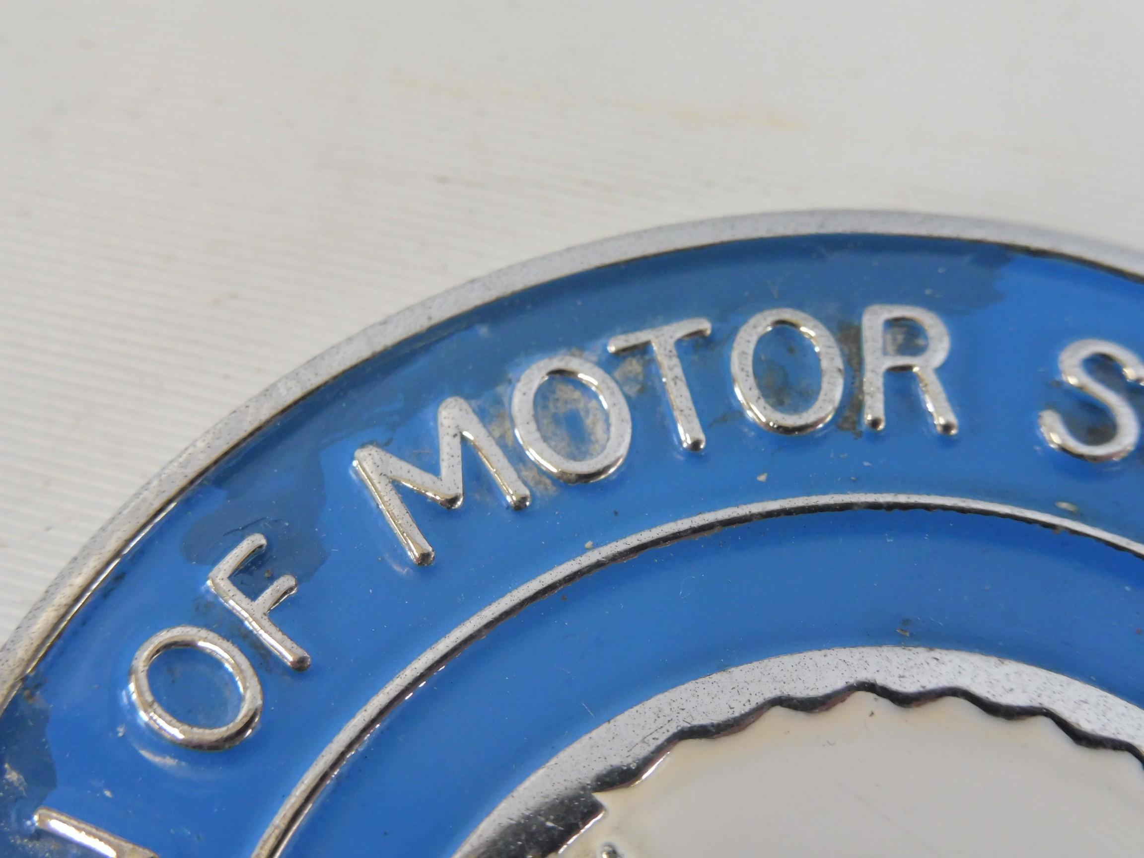 An RAC Association of Motor Schools & Instructors car badge. - Image 4 of 5