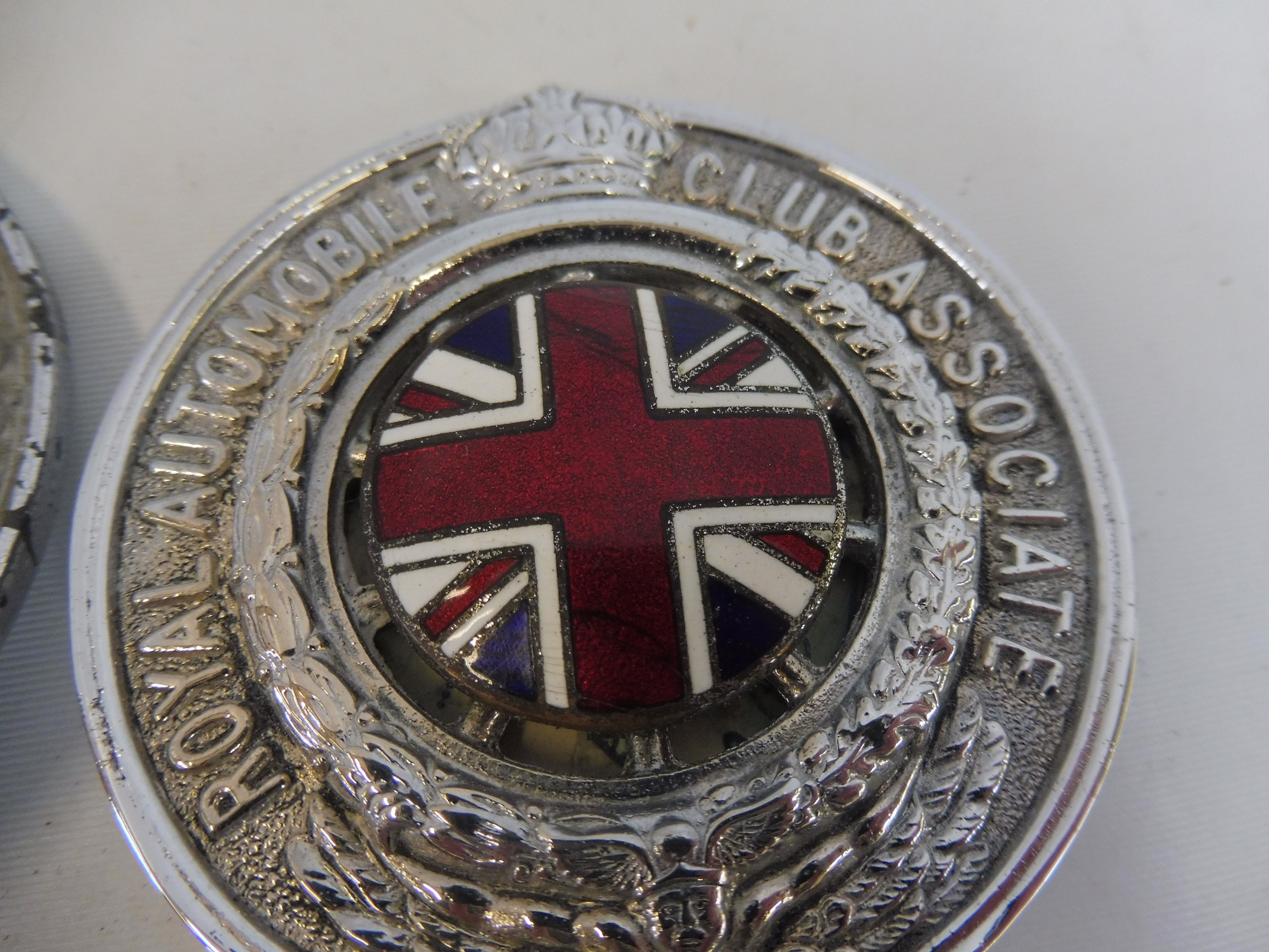 A graduated set of three Royal Automobile Associate car badges, all mazak metal with good enamel - Image 2 of 5
