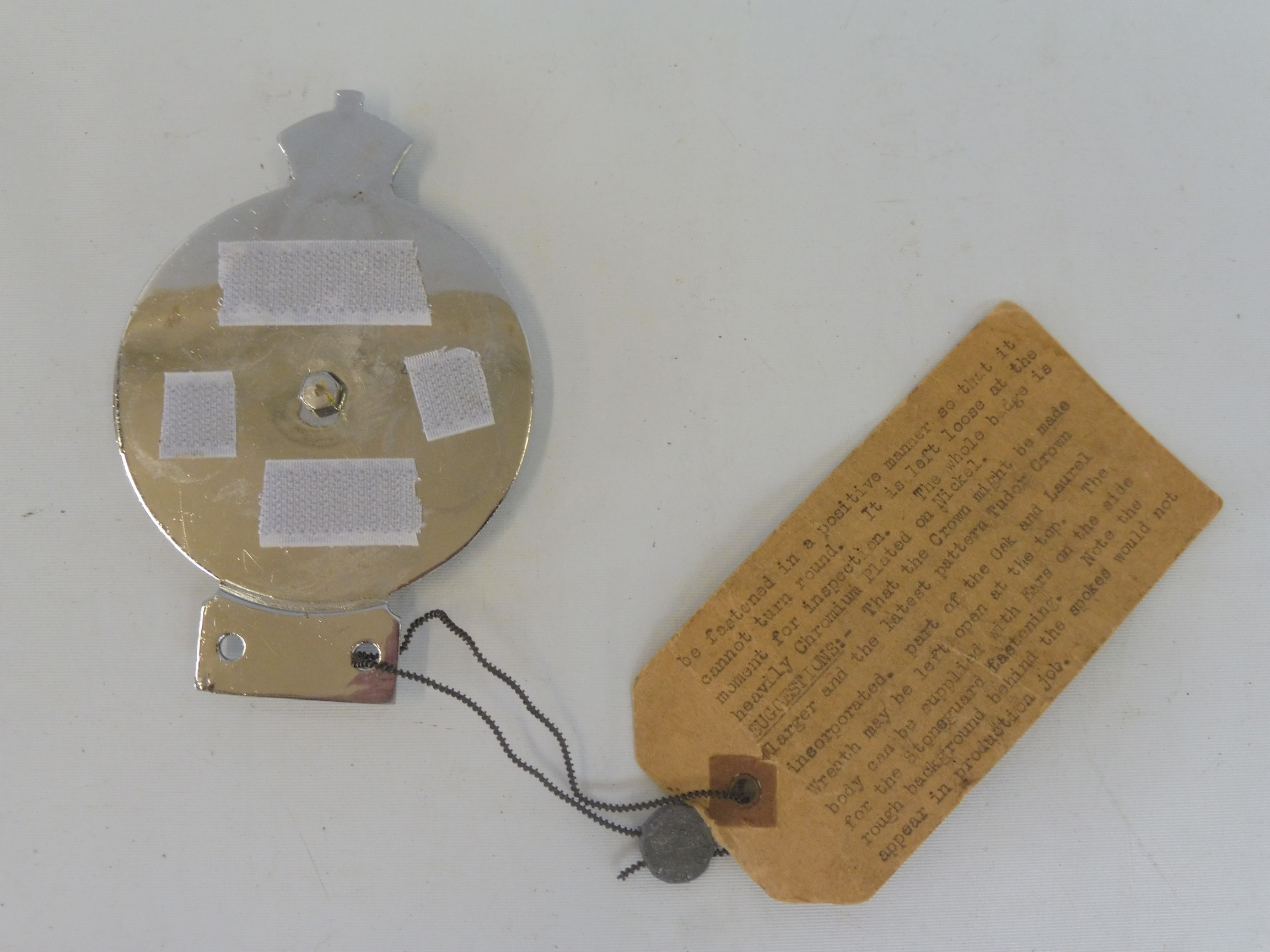 An RAC 1953 prototype car badge, with large lozenge enamel centre, still retaining a cardboard tag - Image 4 of 5