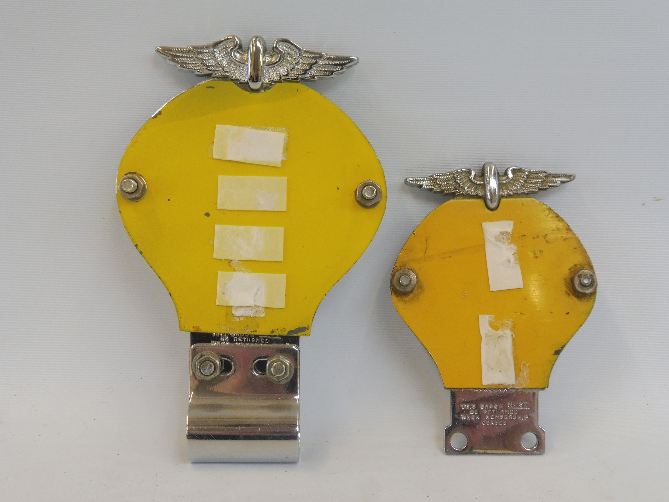 A yellow back AA car badge, side hole version, circa 1939, stamped 54654N with badge bar mounting - Image 2 of 2
