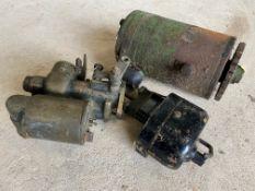 An Austin 7 22 F2 Zenith carburettor, a dynamo plus a Lucas wiper motor.