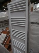 Loco straight towel radiator 500 x 1600, ex-display and boxed. Please note, this lot may contain