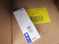 5x LAP candle bulbs, small screw, new and boxed.
