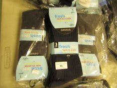 12 X Pairs of Mens Fresh Feel Non Elastic Diabetic Friendly Socks Size 6-11 New in Packaging