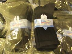 12 X Pairs of Fresh Feel Mens Sport Socks Size 6-11 New in Packaging