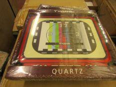 Twins Quartz Retro Style Wall Clock. New & Packaged