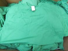 5x ST - Green T-Shirts - Size Small - Unused.