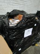 | 1X | PALLET OF APPROX 10 - 20 RAW RETURN KITCHEN ELECTRICALS, MAY CONTAIN OTHER ITEMS |