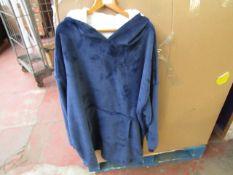 Very Large Overhead Fleece Looks in Good Condition