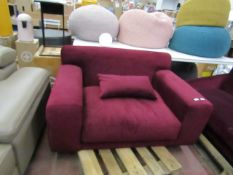 | 1X | SWOON BURGANDY LOVE SEAT (POSSIBLY DENVER ALTHOUGH THIS IS NOT CONFIRMED) | HAS MINOR MARKS |