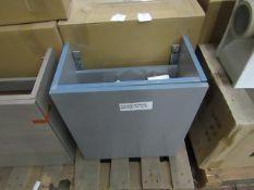 Roca 450mm wall hung base unit, new and boxed.