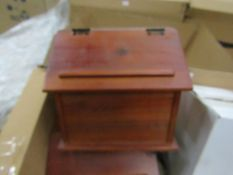 Vintique Wise - Brown Recipe Box - New & Boxed.