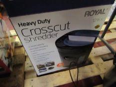 Royal cross cut shredder, no power and boxed.