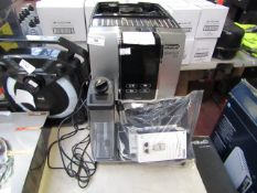 DeLonghi Dinamica Plus bean to cup coffee machine, powers on but not tested all functions. RRP £
