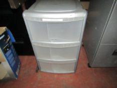 3 Drawer plastic unit.