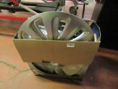 "Set of 4 Michelin 16"" wheel trims unchecked"