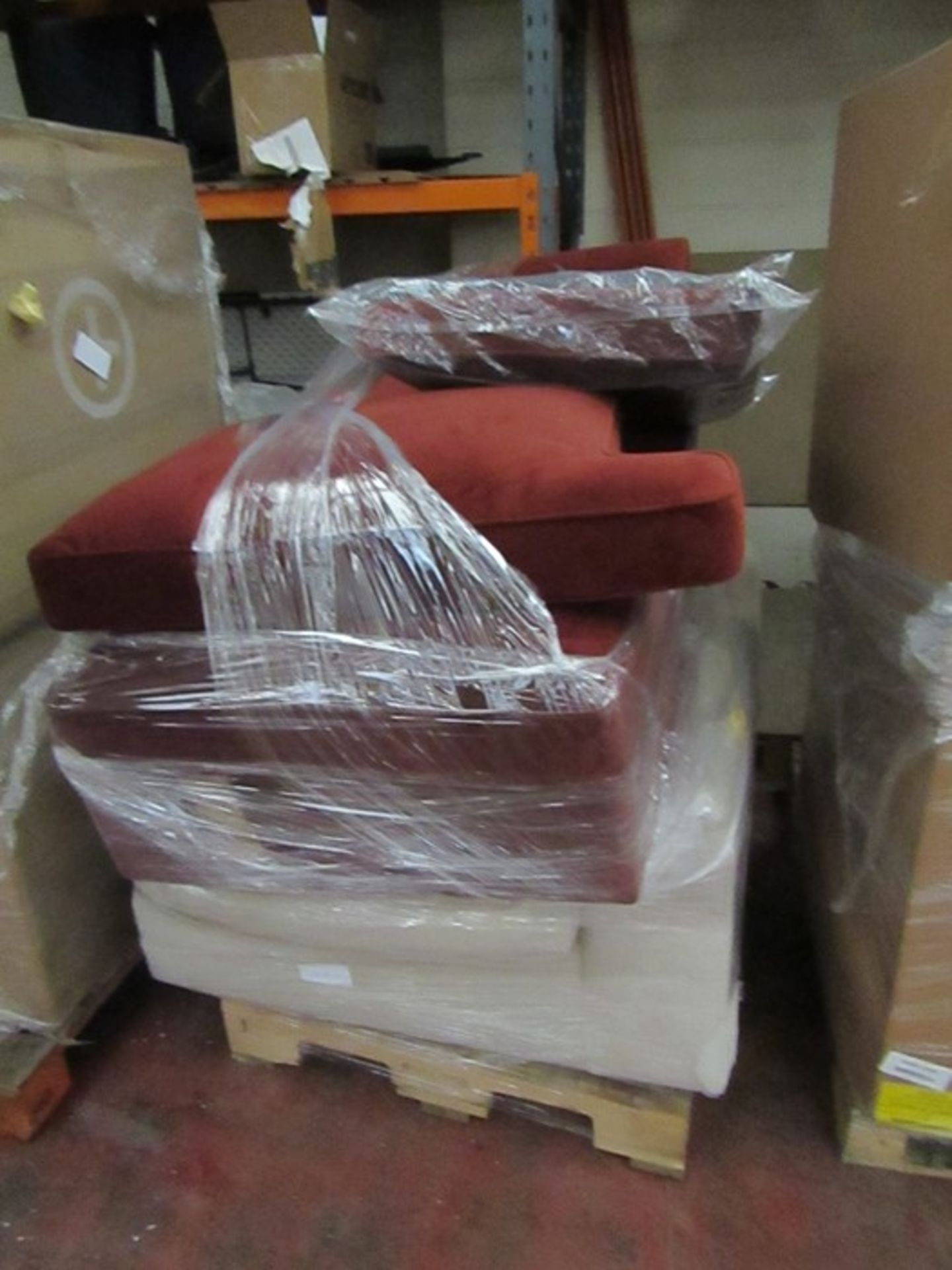   16x   PALLETS OF MADE.COM UNMANIFESTED SOFA PARTS, THESE ARE FROM VARIOUS SOFAS AND DONT APPEAR TO - Image 3 of 34