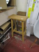 | 1X | COX AND COX CURVED TOP STOOL | UNCHEKCED | RRP £225 |