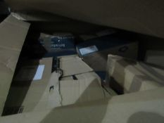   1x   PALLET OF BETWEEN 20 AND 25 RAW RETURN YAWN AIR BEDS   ALL UNCHECKED  