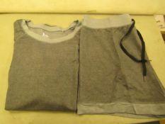Jezebel 2PC Lounge /Pyjama Set Grey Size L Look Unworn Not inOriginal Packaging