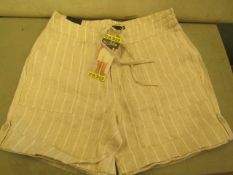 BC Clothing Ladies Shorts Size 10 New With Tags