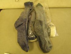 6 X Pairs of Socks Un Sure of Size as No Packaging