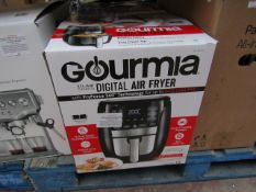 Gourmia digital air fryer, powers on but not tested all functions and boxed.