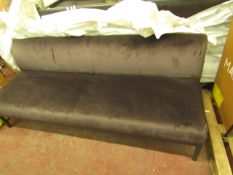   1 X   PERASON LLOYD EDGE BENCH   SOFA CUSHION IS IN GOOD CONITION BUT THERE MAY BE SMALL MINOR