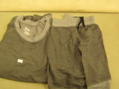 Jezebel Pyjama Set Inc..Top & Shorts Size M ( New But Not in Original Packaging )
