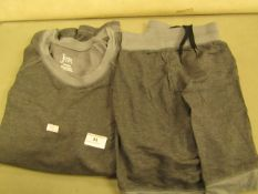 Jezebel Pyjama Set Inc..Top & Shorts Size M ( New But No Packaging )
