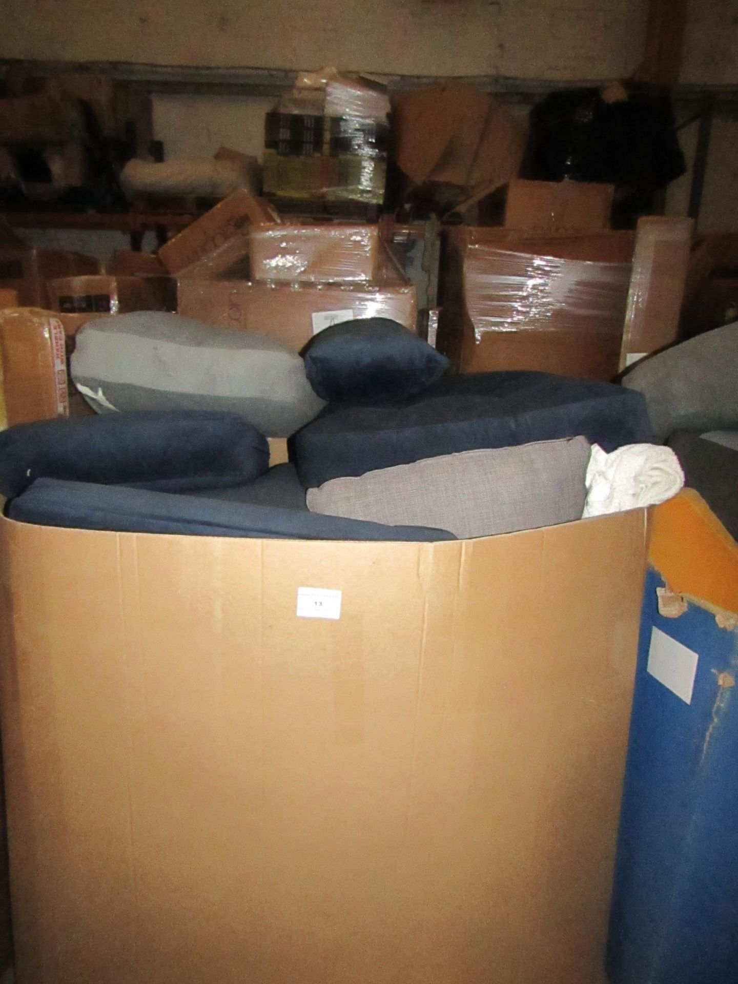 | 1X | PALLET OF SWOON SOFA SEAT CUSHIONS, PLEASE BE AWARE THESE ARE THE ACTUAL CUSHIONS YOU SIT