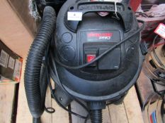 1x ShopVac Pro Vacuum Pro25S, This lot is a Machine Mart product which is raw and completely