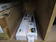 """Ross flat to wall 32-42"""" TV wall mount, new and boxed."""