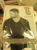 | 1x | MENS TONE TEE NECK COMPRESSION T-SHIRT BLACK SIZE XXXL | NEW & PACKAGED |