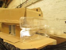 Pallet of approx 6000 clear food container lids and approx 600 clear plastic Baggette containers,
