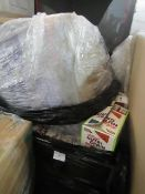 Pallet of Approx 70 multi pack boxes Kelloggs Nutri grain bars, all past best before by approx 5-6